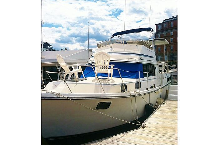 Budget Friendly Floating Suite in Downtown Boston (1)