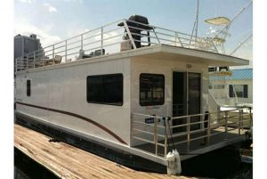 Houseboat Capricornus: Amazing On Water Experience with HUGE Roofdeck!