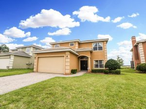 Luxurious 5 Bedroom 4 Bath with Private Pool