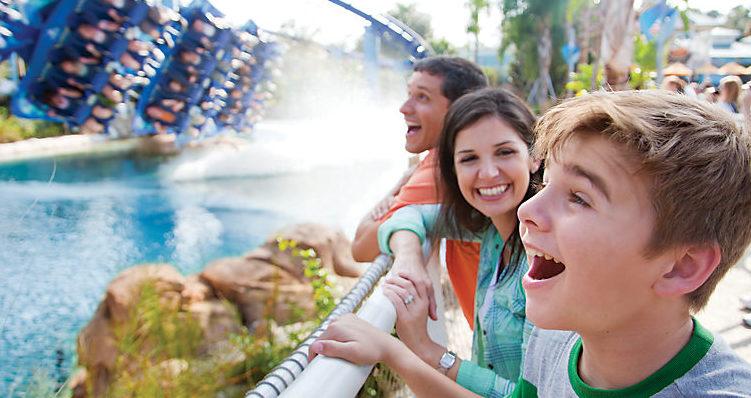 orlando-seaworld-family-rollercoaster-01-e1486518350129